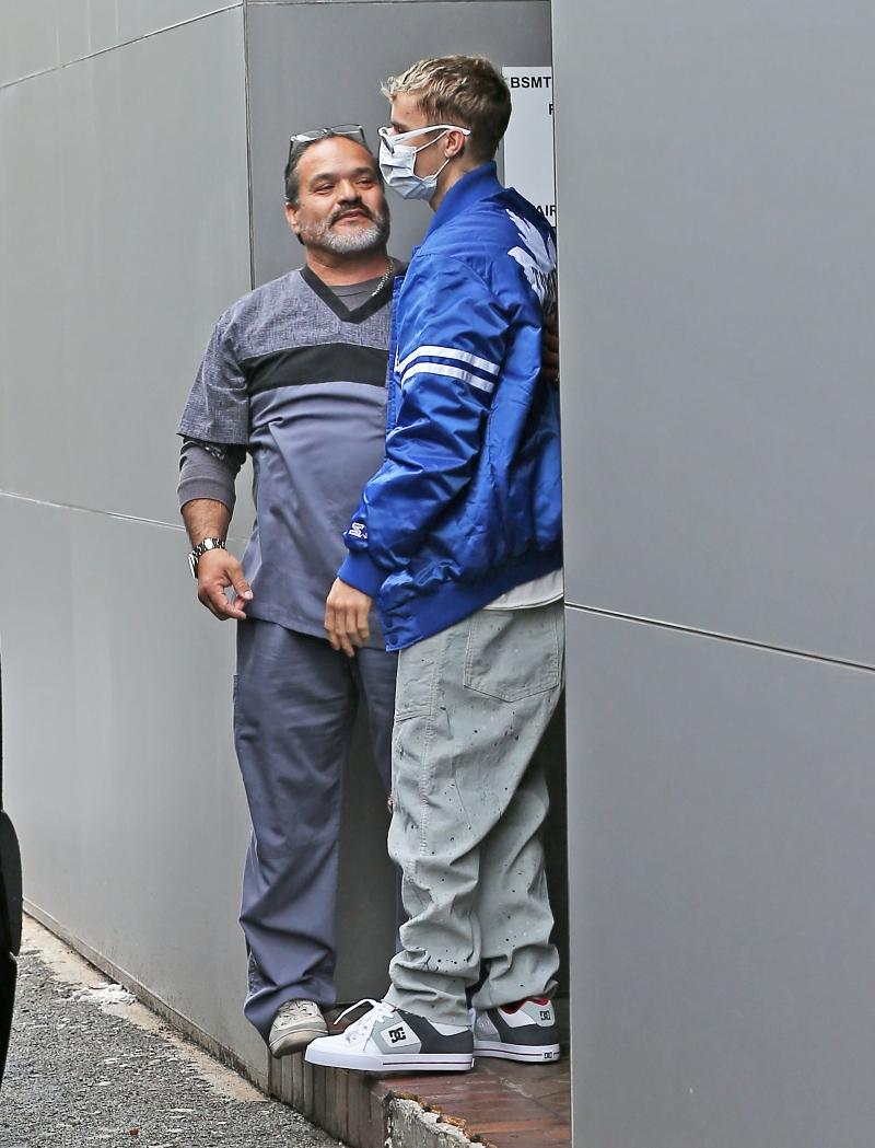 justin bieber, mask, medical mask, sneakers, blue jacket