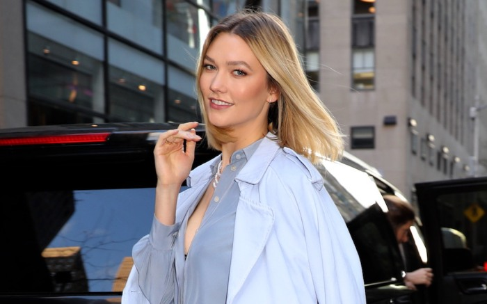 """Karlie Kloss pictured arriving to the """"Today"""" show to celebrate the international women's day in uptown,Manhattan.Pictured: Karlie KlossRef: SPL5154590 060320 NON-EXCLUSIVEPicture by: Jose Perez / SplashNews.comSplash News and PicturesLos Angeles: 310-821-2666New York: 212-619-2666London: +44 (0)20 7644 7656Berlin: +49 175 3764 166photodesk@splashnews.comWorld Rights"""