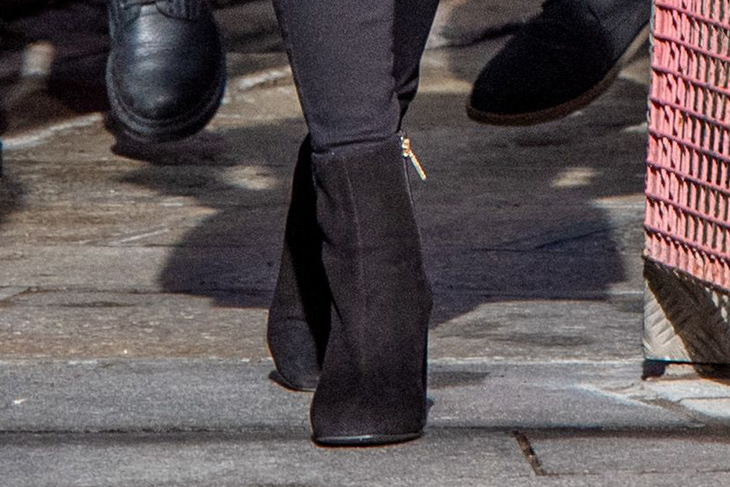 Kate Middleton, black ankle boots, russell and bromley shoes, celebrity style, royal fahion, kate middleton, duchess of cambridge