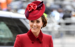 kate middleton, red, commonwealth day, suede
