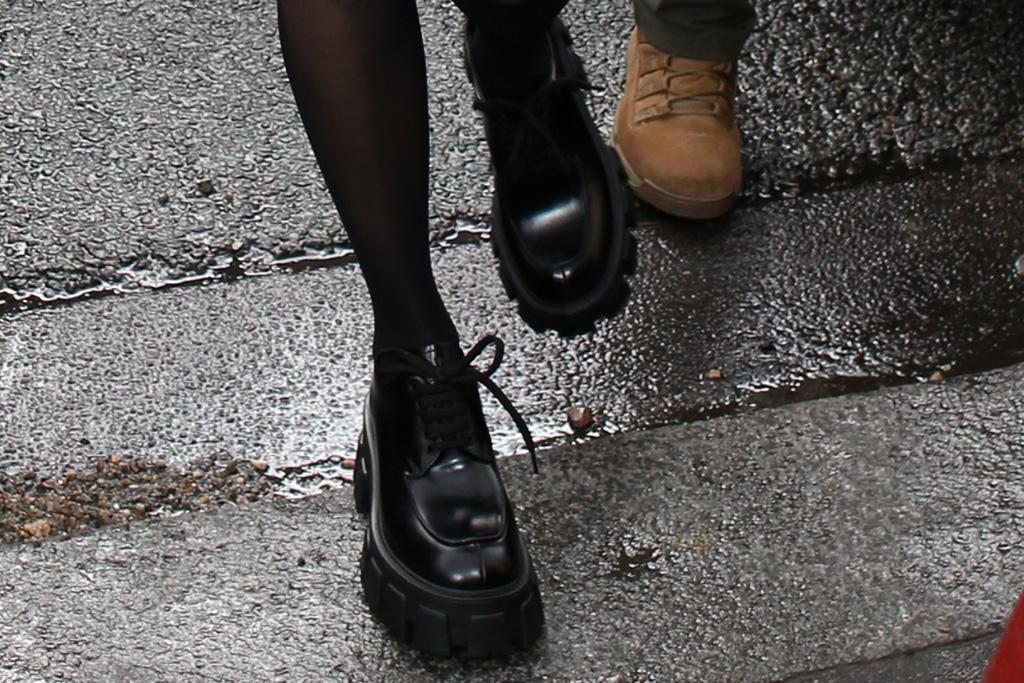 kourtney kardashian, little black dress, black, prada, brogues, shoes, paris