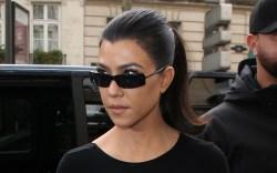 kourtney kardashian, little black dress, black,