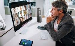 Man uses Zoom conferencing software