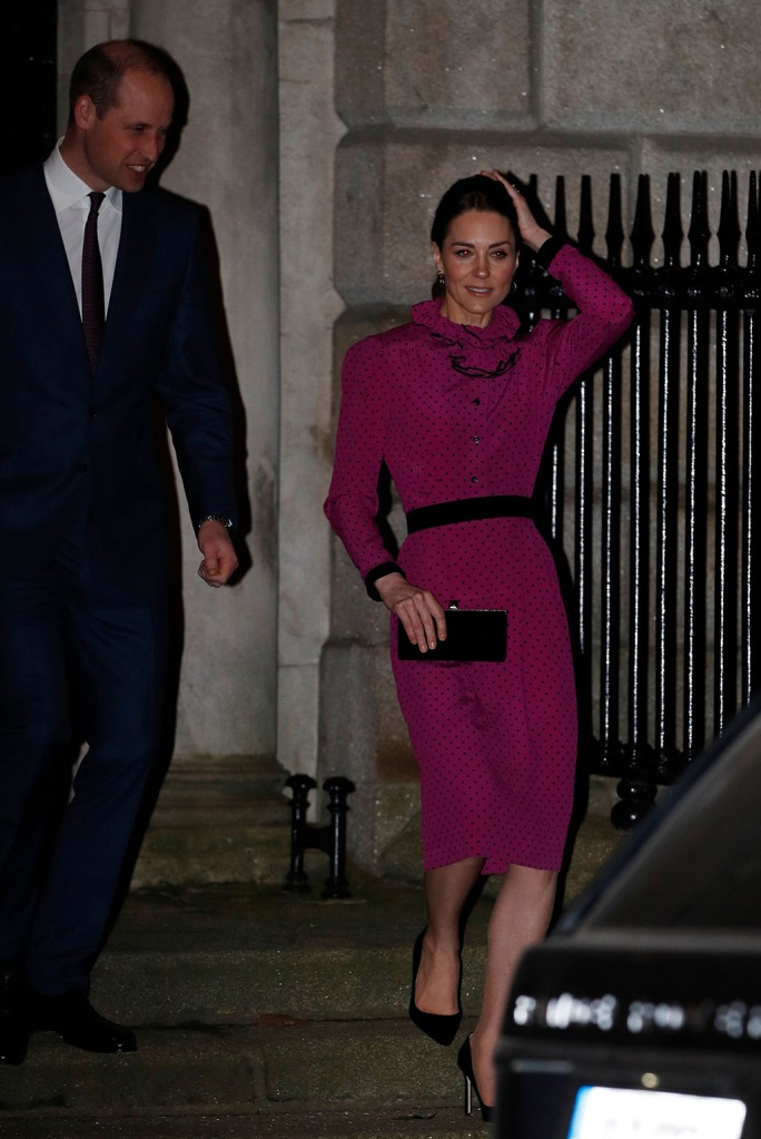 kate middleton, oscar de la renta, fuchsia dress, classic black pumps, Britain's Prince William and his wife Catherine, Catherine Duchess of Cambridge, leave a reception held by Irish Tanaiste (Deputy Prime Minister) Simon Coveney in Dublin, Ireland, 04 March 2020. The Duke and Catherine Duchess of Cambridge are on a three-day visit to Ireland.Britain's Prince William and Catherine visit Ireland, Dublin - 08 Sep 2014