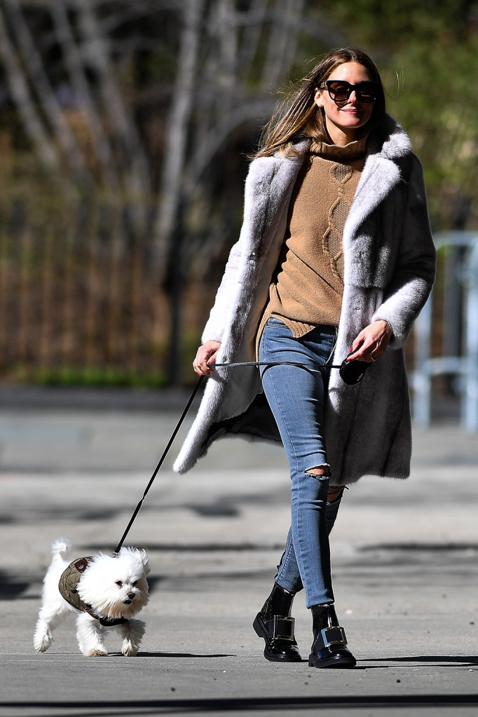 Olivia Palermo , roger vivier boots, skinny jeans, fur coat, sweater, celebrity fashion, street style, and husband Johannes Huebl walk their dog in Brooklyn,New York.The married couple took in the Spring day taking selfies in anticipation of New York City being shut down due to the Coronavirus.Pictured: Olivia Palermo,Johannes Huebl,Mr. ButlerRef: SPL5158124 210320 NON-EXCLUSIVEPicture by: Robert O'Neil / SplashNews.comSplash News and PicturesLos Angeles: 310-821-2666New York: 212-619-2666London: +44 (0)20 7644 7656Berlin: +49 175 3764 166photodesk@splashnews.comWorld Rights