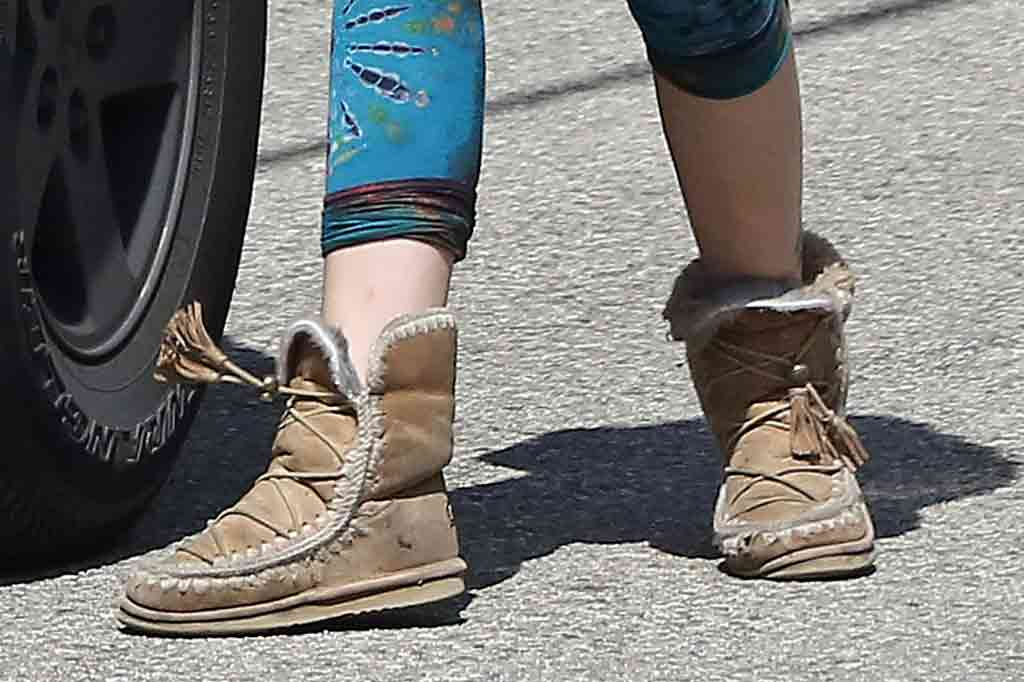 Paris Jackson, celebrity style, cropped leggings, shearling boots, celebrity fashion, street style, shoe detail, la