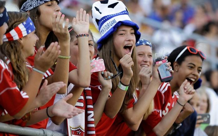 USWNT soccer fans