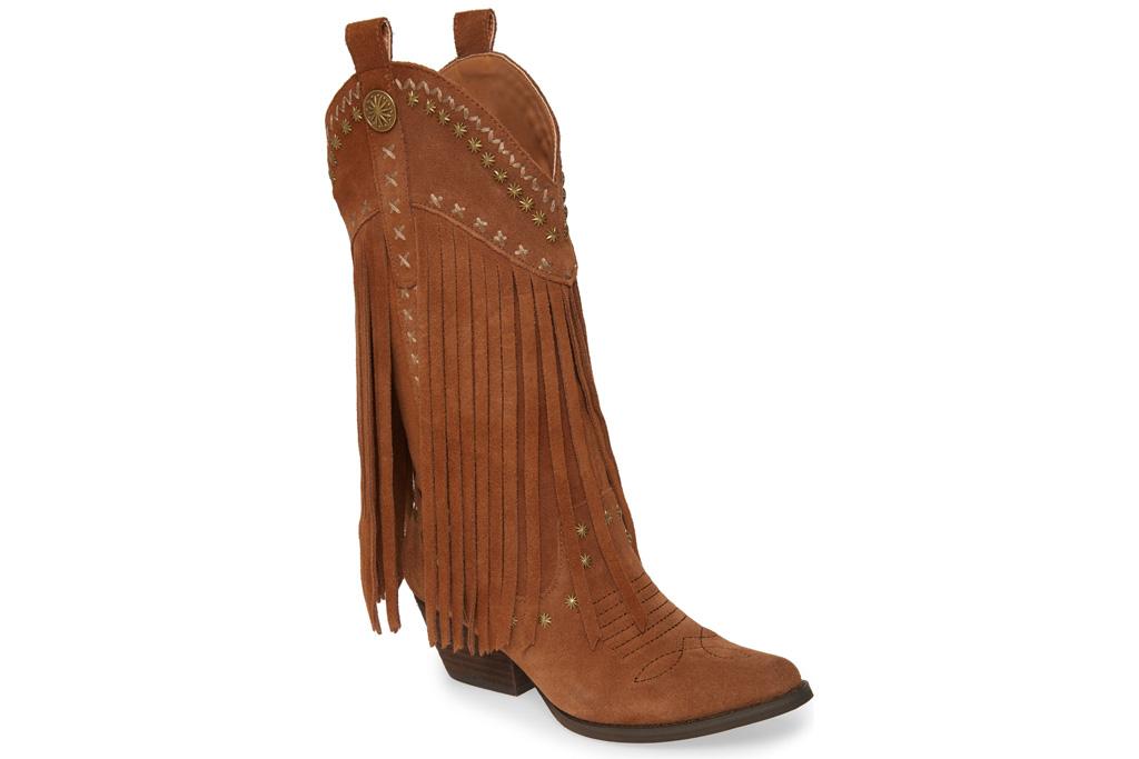 very volatile, fringe boots