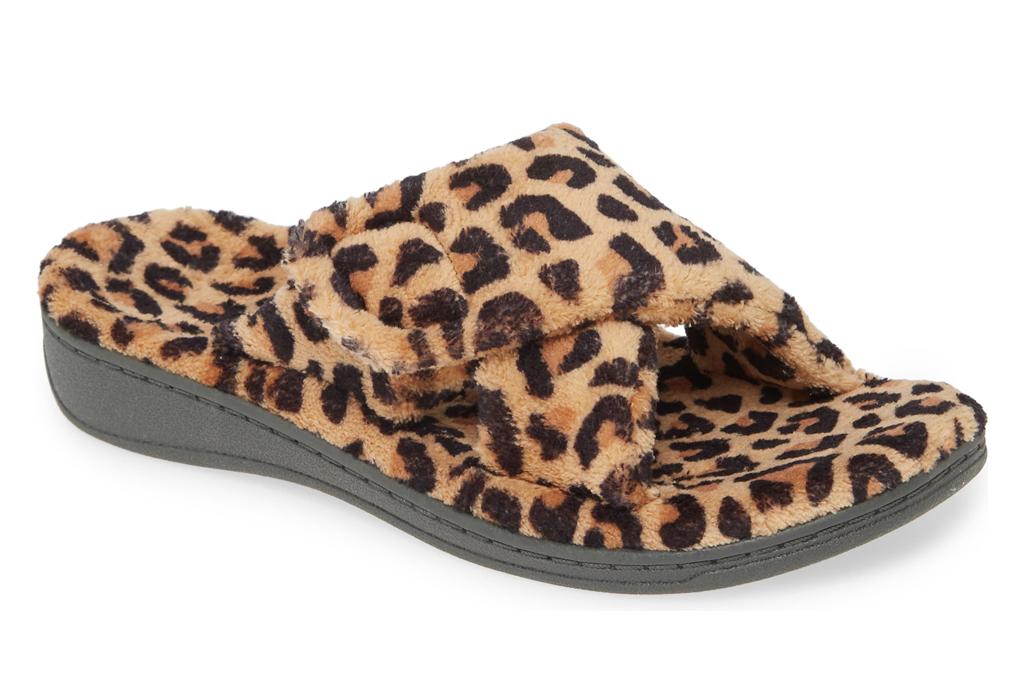 vionic, slippers