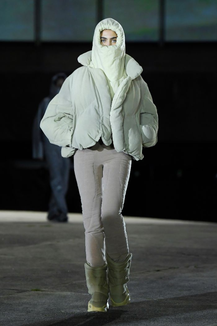 yeezy season 8, paris fashion week, runway