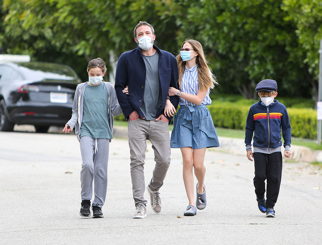 Ben Affleck, kenneth cole sneakers, kids, celebrity style, los angele,s Seraphina Affelck, Samuel Affleck and Violet Affleck are seen going for a walk during quarantineBen Affleck and kids out and about, Los Angeles, USA - 18 Apr 2020