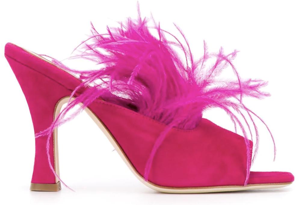 carrie bradshaw, wfh style, paris texas hot pink maribou heels