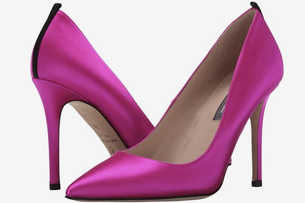 SJP Heels, Carrie Bradshaw WFH Style, hot pink pumps