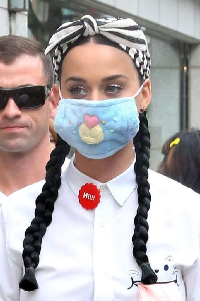 katy perry, face mask, tokyo