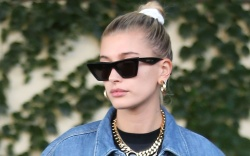 hailey baldwin, levis, jeans, jacket, air