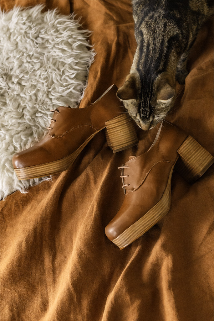 intentionally blank shoes, albany stacked boot, tan