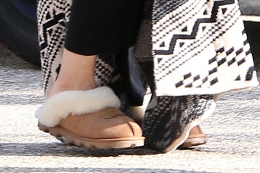 Kate Hudson, Ugg Coquette, celebrity style, fashion, slippers, los angeles,