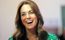kate middleton, green, laughing, dress