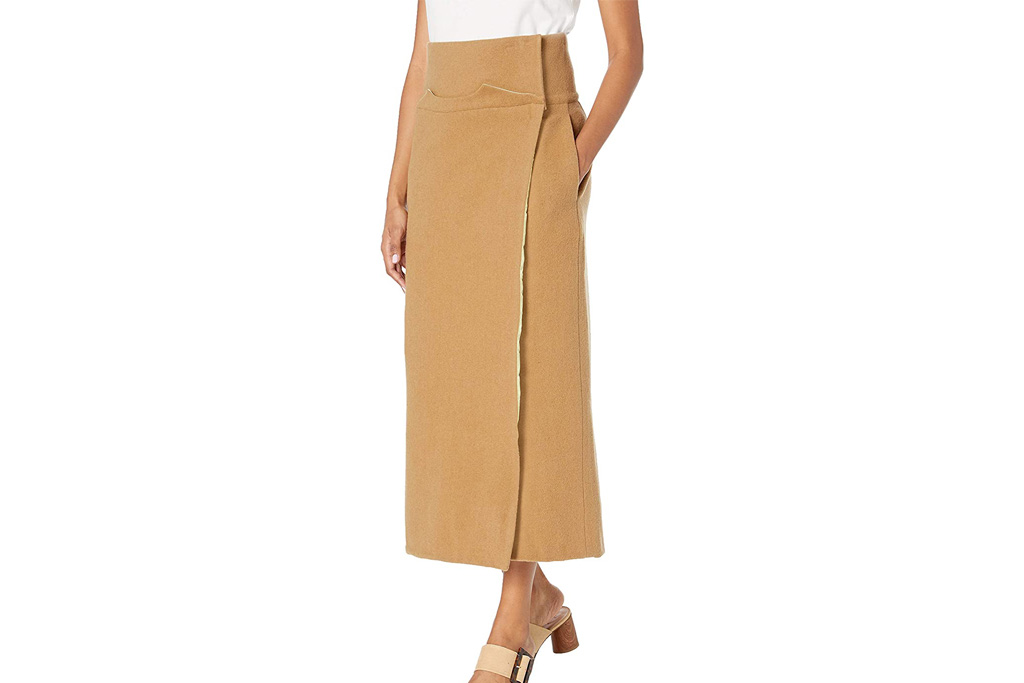 wrap skirt, making the cut