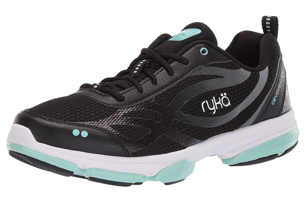 ryka sneakers, black sneakers, white