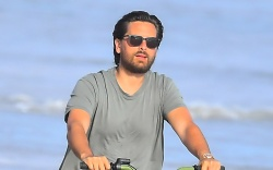 scott disick, bike ride, malibu, sneakers,
