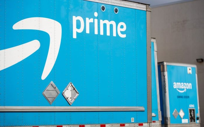 Amazon trailers parked at the Amazon Fulfillment Center in Springfield, Virginia, USA, 30 March 2020. Amazon is hiring 100,000 new warehouse and delivery workers to help the company fill orders as Americans stay at home during the COVID-19 coronavirus pandemic.Amazon hiring 100,000 new warehouse and delivery workers to help the company fill orders as Americans stay at home during the COVID-19 coronavirus pandemic., Springfield, USA - 30 Mar 2020