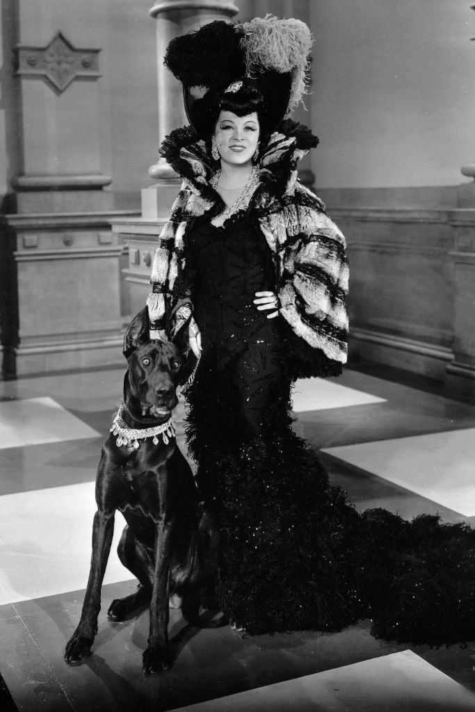 mae west, schiaparelli, fantasy fashion, great depression