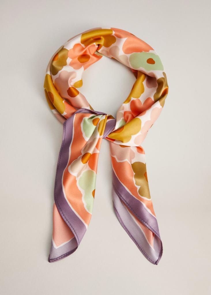 mango scarf, carrie wfh style, floral silk scarf