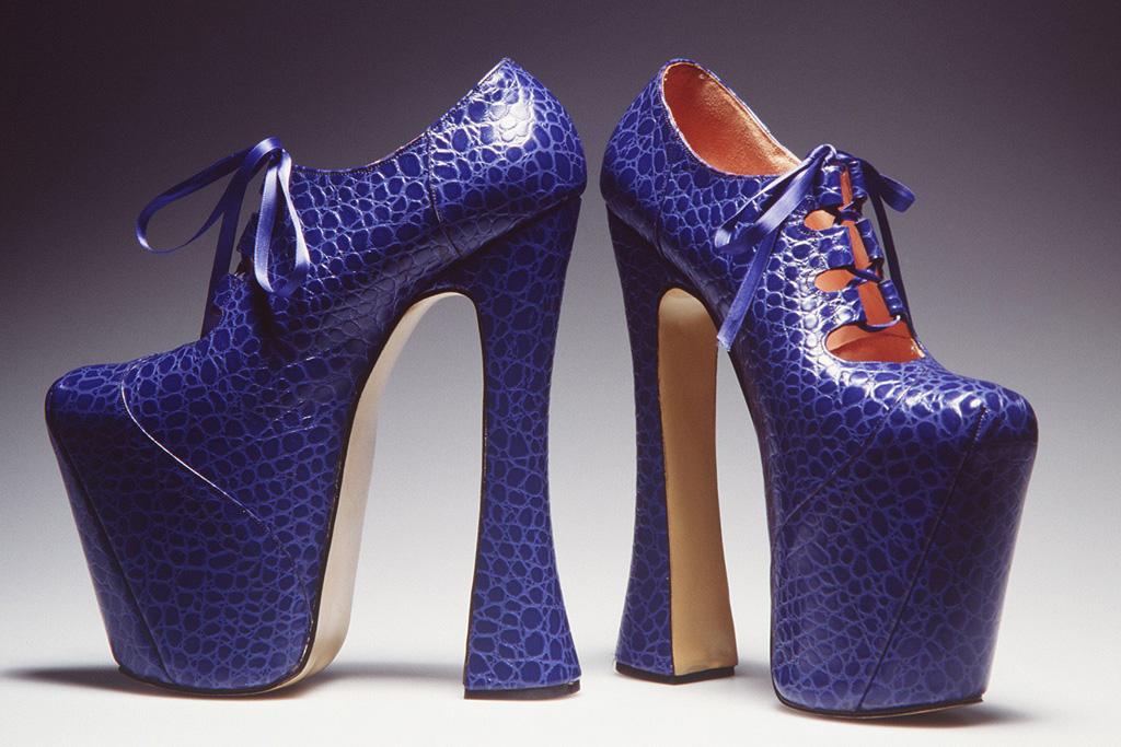 vivienne westwood, heels, gillie, platform, blue, naomi campbell