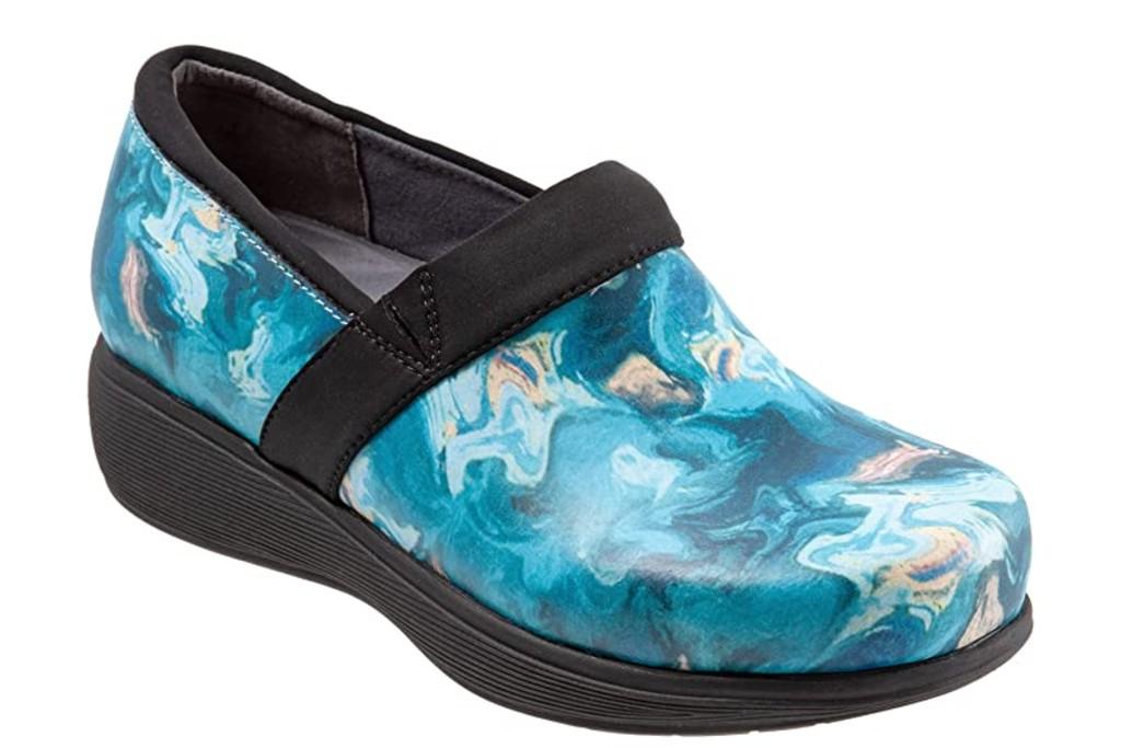 SoftWalk Meredith Sport, nursing shoes for women