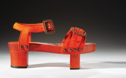 manolo blahnik, bata shoe museum collection,