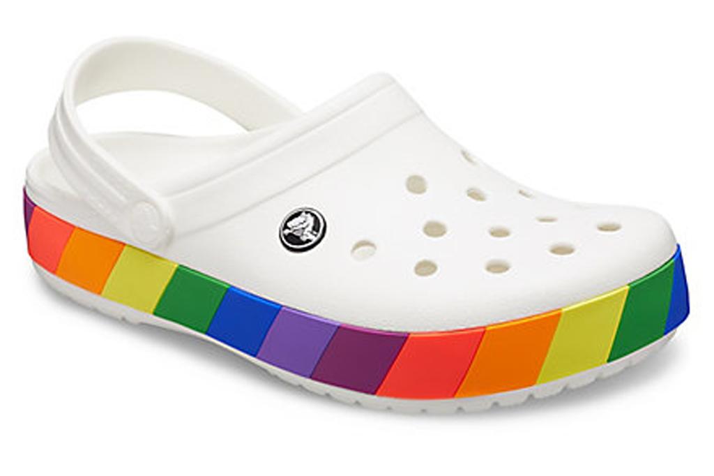 Crocs Bayaband, pride