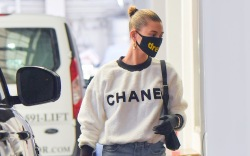 Hailey Bieber looks chic even during
