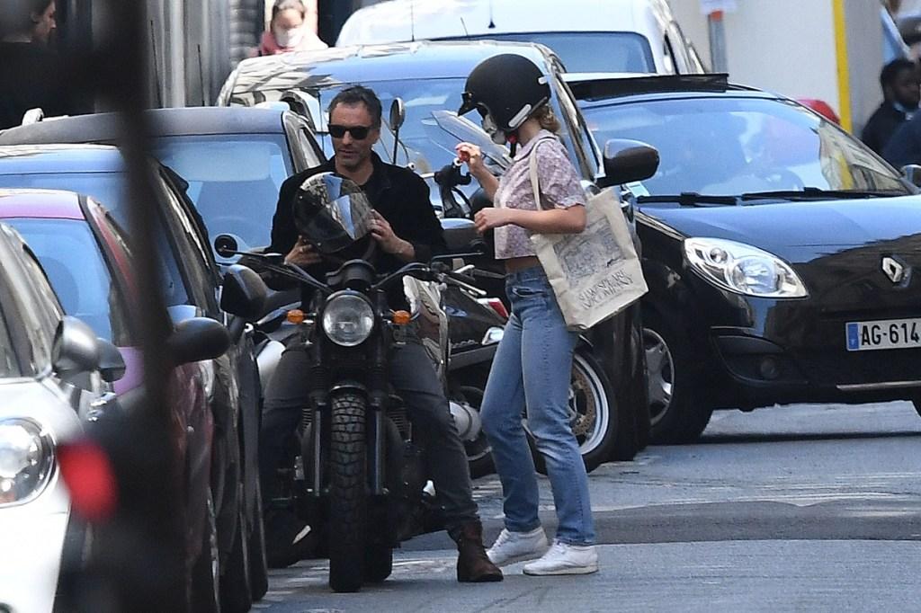 lily-rose depp, style, paris, motorcycle, step dad, jeans, reebok, shirt, bag
