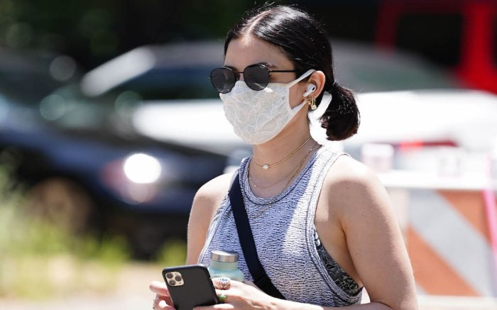Lucy Hale wears a mask as she goes on a walkLucy Hale out and about, Los Angeles, USA - 22 May 2020