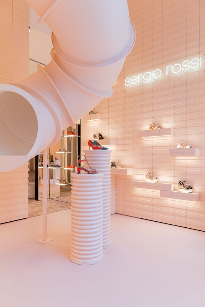 the delivery chute in sergio rossi milan pop-up