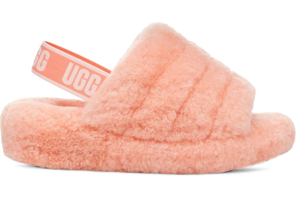 ugg, ugg fluff yeah, how to style sweat set