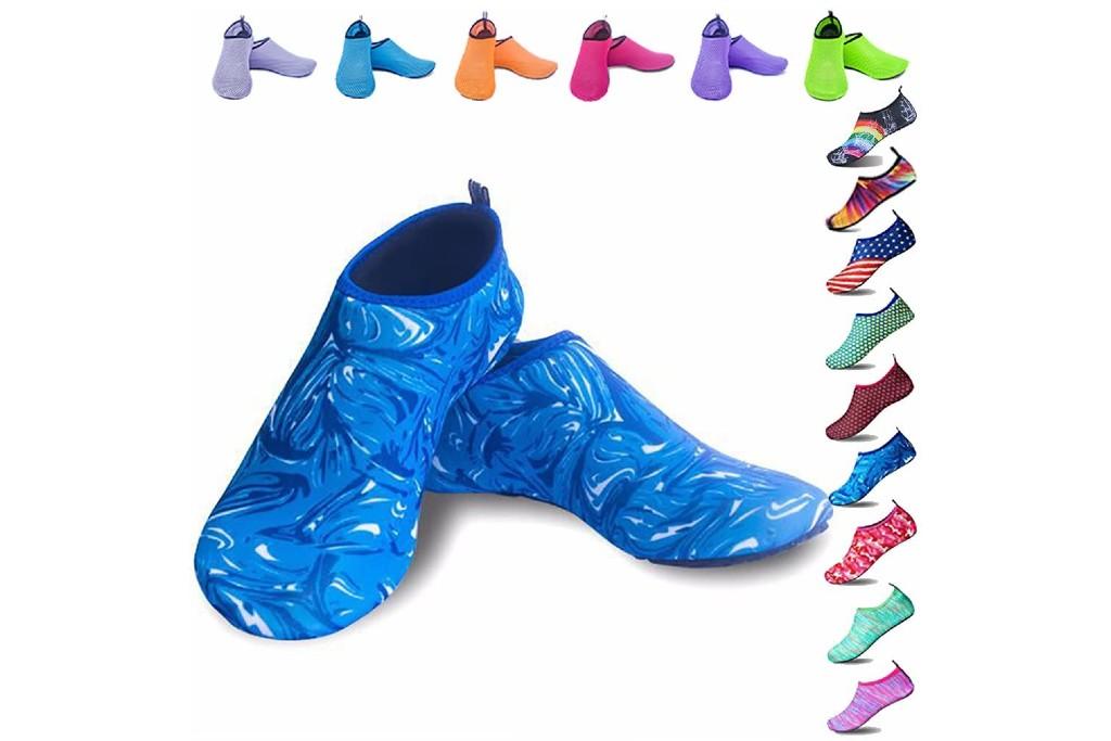 Peicees aqua socks, aqua socks