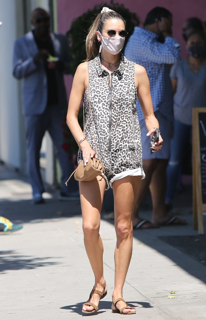 alessandra ambrosio, style, cheetah, sandals, sunglasses, mask, shopping