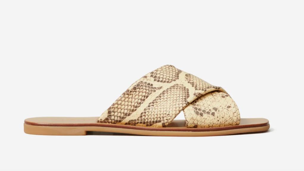 cross over sandal everlane, best of everlane, snakeskin sandal