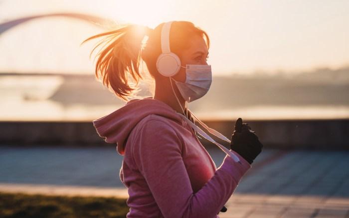 face-mask-run-workout