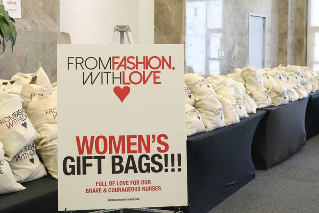 From Fashion With Love, Gift bags