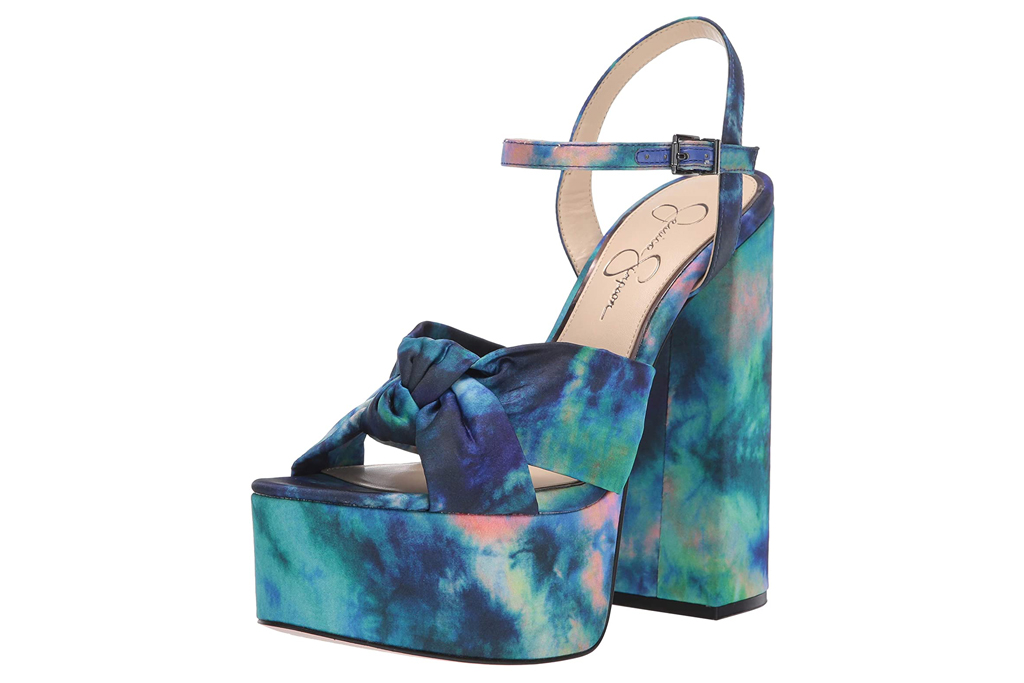 jessica simpson, tie dye, platforms