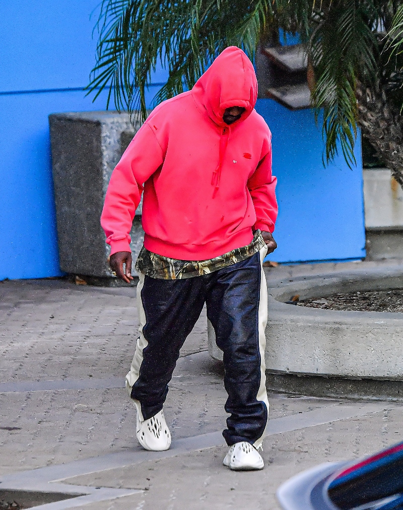 kanye west, yeezy foam runner, style, adidas yeezy, hoodie, shoes, sneakers
