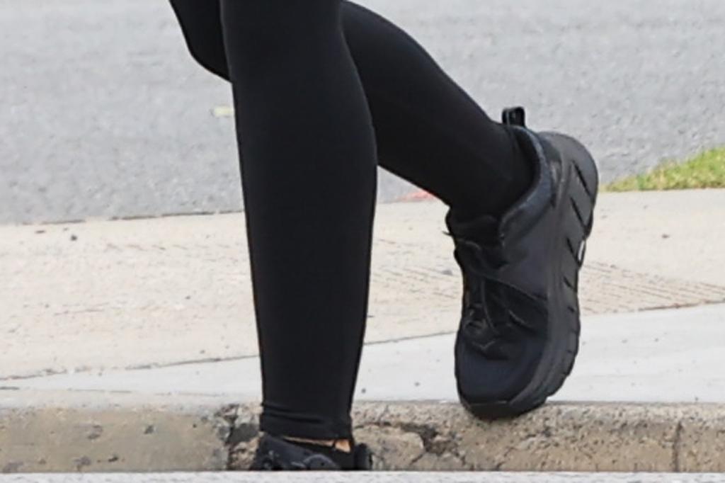 Katherine Schwarzenegger , hoka one one sneakers, street style, los angeles, fashion, athleisure