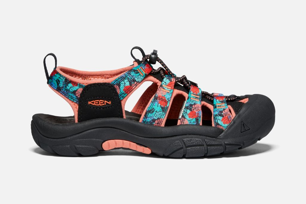 keen newport, keen newport shoe, keen shoes, keen outdoor, outdoor shoes, keen waterproof shoes, paddle boarding, kayaking
