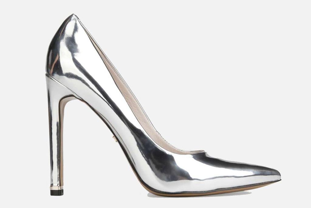kenneth cole, silver heels, metallic, pumps