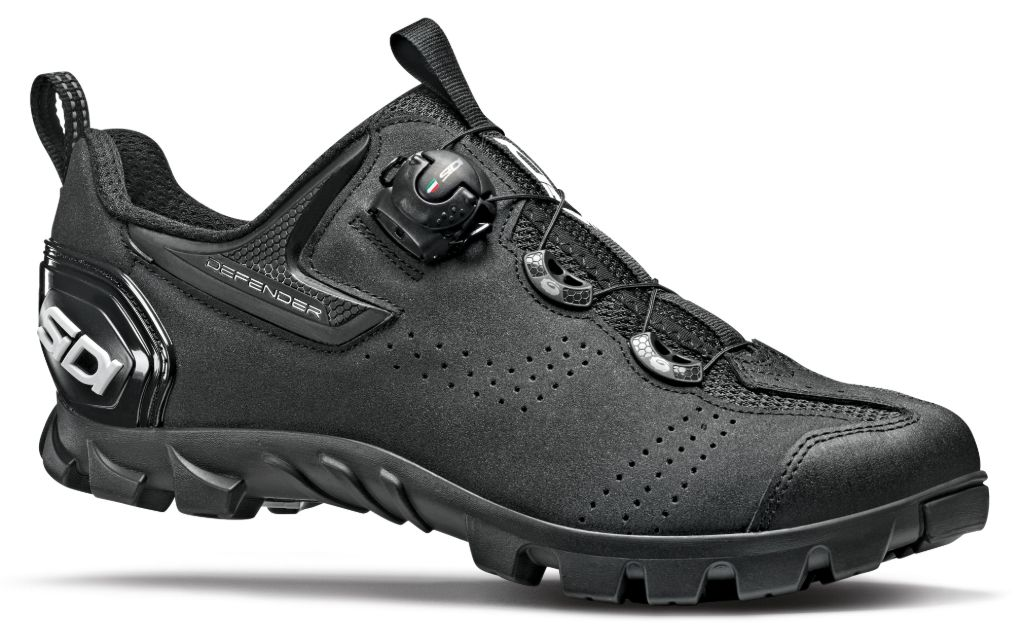sidi shoes, sidi bike shoes, sidi mtb defender, cycling shoes, peloton, peloton bike, bikes shoes