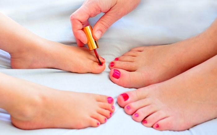 nail polish, pedicure