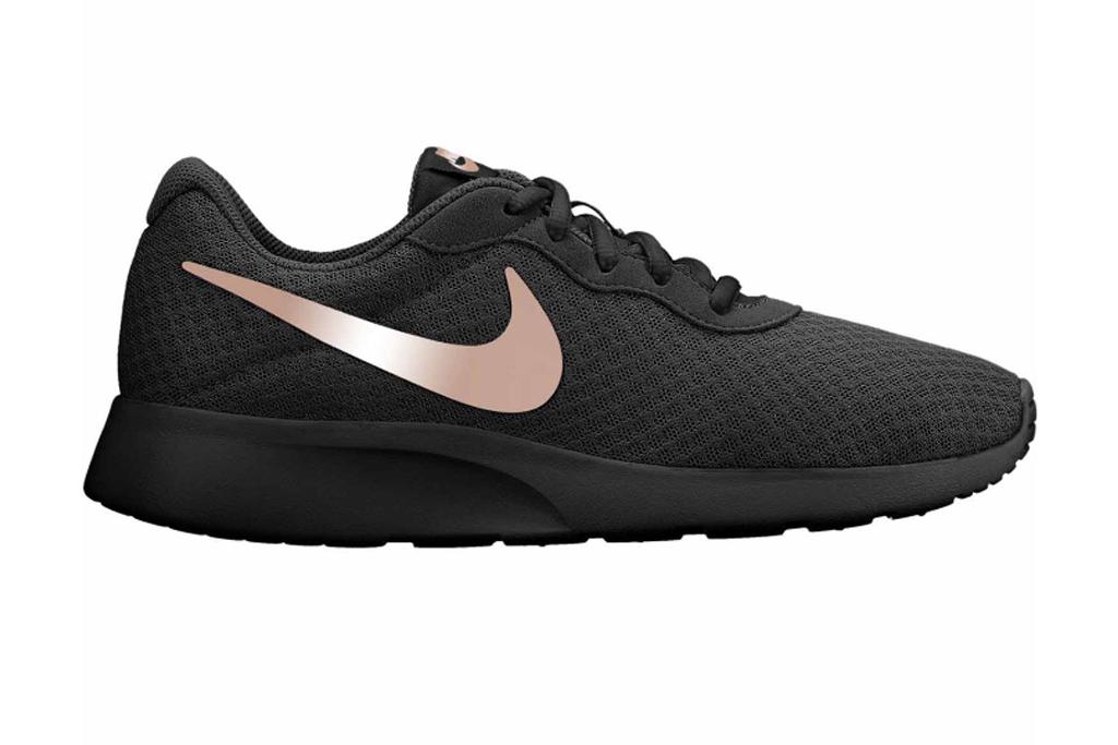 nike, tanjun, running shoes